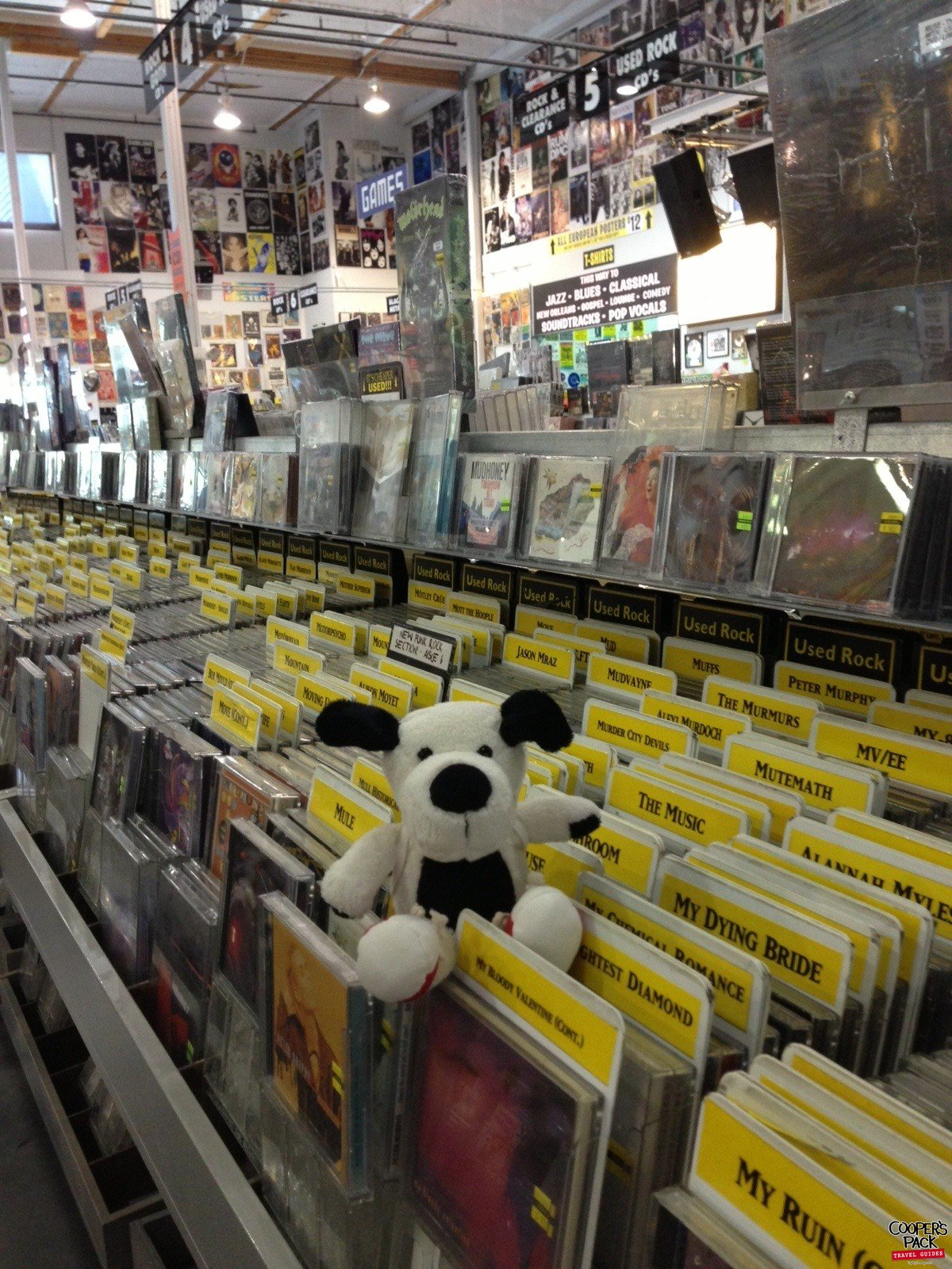 Cooper-Hollywood-Amoeba-Records2